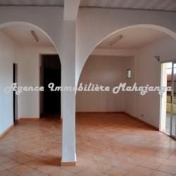 Appartement-location-Mahajanga-ww.mahajanga-immobilier.com02-500x332-250x250.jpg