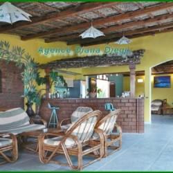 Hotel-en-vente-Diego-Suarez-www.diego-suarez-immobilier.com04-500x375-250x250.jpg