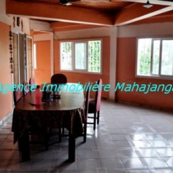 Location-grand-appartement-Mahajanga02-500x332-250x250.jpg