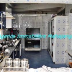 Location-grand-appartement-Mahajanga03-500x332-250x250.jpg