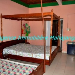 Location-grand-appartement-Mahajanga09-500x332-250x250.jpg