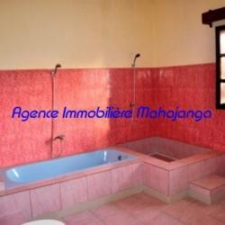 Location-villa-Mahajanga-www.mahajanga-immobilier.com14-500x332-250x250.jpg