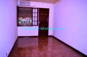 Rent-apartment-Mahajanga-www.real-estate-madagascar.com07-500x332.jpg