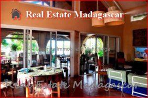 annual-rental-villa-beach-pool-mahajanga-3-500x332.jpg