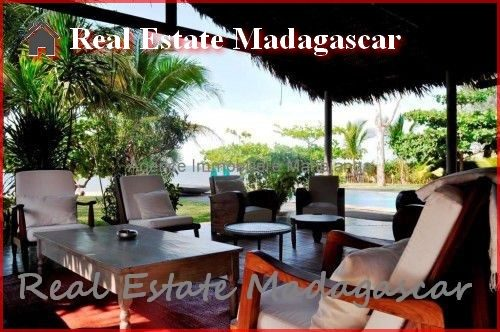 annual-rental-villa-beach-pool-mahajanga-5-500x332.jpg