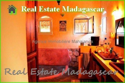 annual-rental-villa-beach-pool-mahajanga-7-500x332.jpg