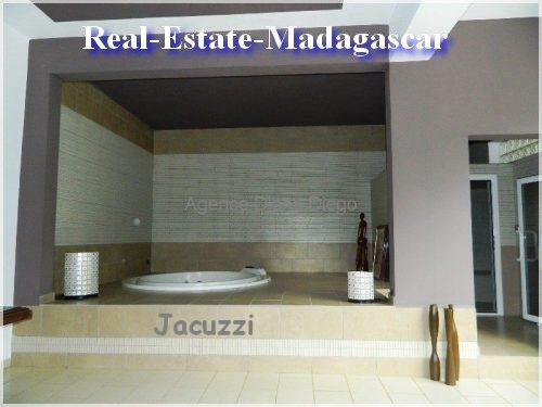 beautiful-villa-diego-suarez-6-500x375.jpg
