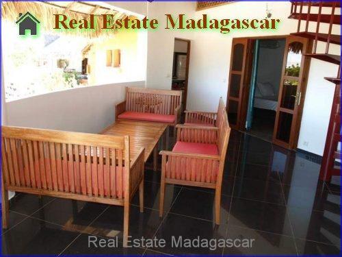 holiday-rental-villa-standing-swimming-pool-mahajanga-Madagascar-9-500x375.jpg