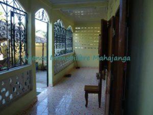 location-petite-villa-quartier-sotema-2-500x375.jpg