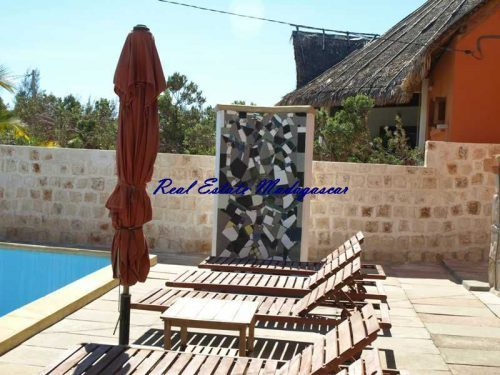 madagascar-mahajanga-sale-villa-four-rooms-swimming-pool-500x375.jpg