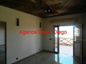 madagascar-real-estate02-500x375.jpg