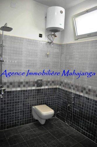 real-estate-madagascar.com09-332x500.jpg