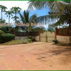 real-estate-madagascar03-7-250x250.jpg