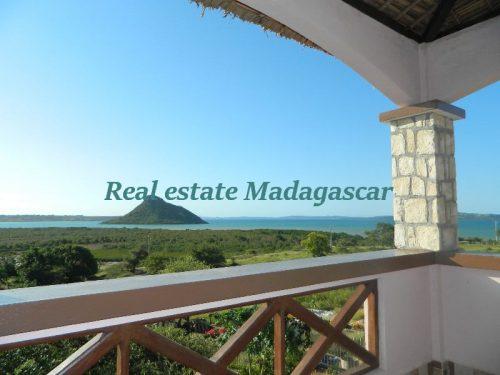 rent-beautiful-furnished-villa-with-sea-view-avenir-21-diego-2-500x375.jpg