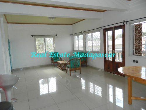 rent-furnished-apartment-harbour-t-diego-suarez-madagascar-15-500x375.jpg