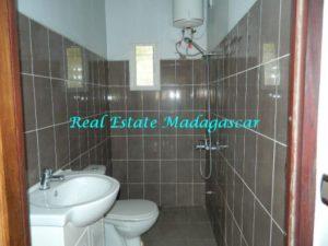 rent-furnished-apartment-harbour-t-diego-suarez-madagascar-6-500x375.jpg