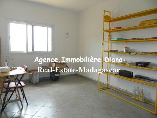rent-furnished-villa-sea-view-road-university-diego-11-500x375.jpg