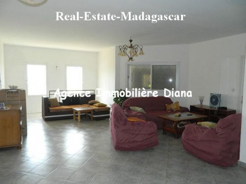 rent-furnished-villa-sea-view-road-university-diego-3-500x375.jpg
