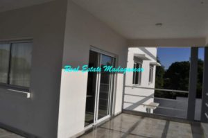 rent-two-bedroom-new-apartments-mahajanga-2-500x332.jpg