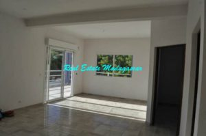 rent-two-bedroom-new-apartments-mahajanga-4-500x332.jpg