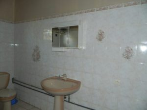 rent-unfurnished-apartment-city-center-diego-suarez-5-500x375.jpg