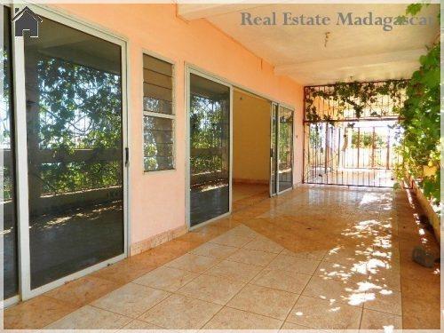rental-apartment-rooms-sea-view-diego-suarez-2-500x375.jpg