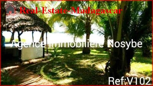 sale-beach-front-villa-facing-nosy-tanga-4-500x281.jpg