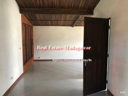 sale-charming-villa-hell-ville-ambatoloka-nosybe-6-500x375.jpg