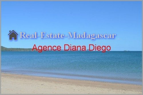 sale-grounds-near-beach-diego-suarez-500x332.jpg