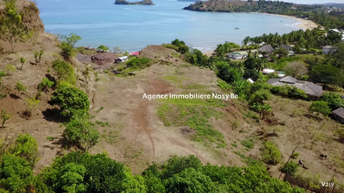 sale-land-150694-ft²-impregnable-sea-view-madirokely-nosybe-6-500x281.png