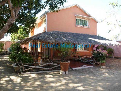 sale-large-property-amborivy-mahajanga-1-500x375.jpg