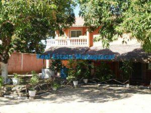 sale-large-property-amborivy-mahajanga-2-500x375.jpg