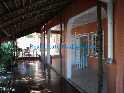 sale-large-property-amborivy-mahajanga-5-500x375.jpg