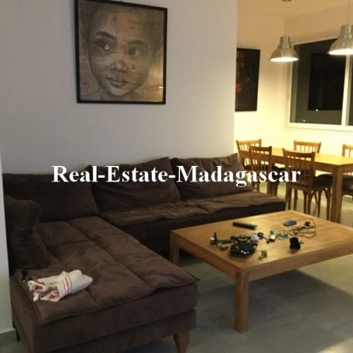 sale-new-furnished-apartment-sea-view-city-center-diego-suarez-2-500x500.jpg