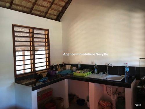 sale-villa-5-mn-ambatoloka-3-mn-beach-white-sand-4-500x375.jpg