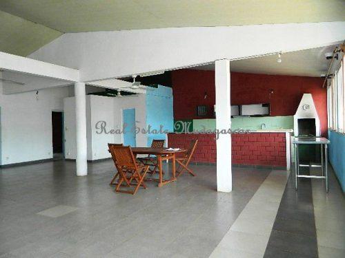 www.real-estate-madagascar.com01-500x375.jpg