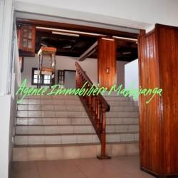 www.real-estate-madagascar.com03-1-250x250.jpg
