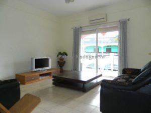 www.real-estate-madagascar.com03-1-500x375.jpg