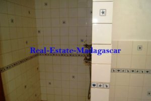 www.real-estate-madagascar.com04-500x334.jpg