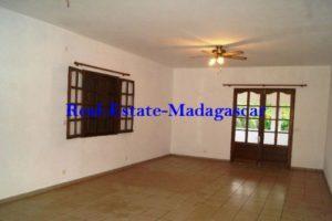 www.real-estate-madagascar.com10-500x334.jpg