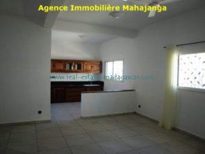 www.real-estate-madagascar.com6_-1-500x375.jpg