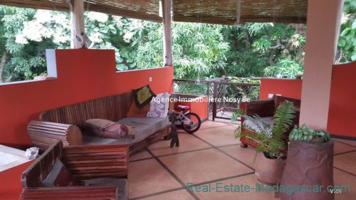 www.real-estate-madagascar.com_.com0111-500x281.jpg