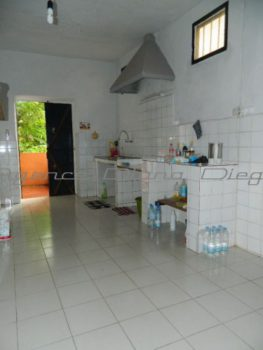 Location-appartement-centre-ville-Diego-www.diego-suarez-immobilier.com09-375x500.jpg