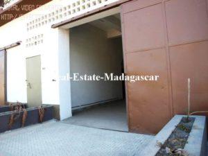 rental-commercial-space-mahajanga-500x375-300x225.jpg