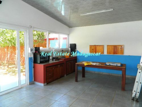 sale-beautiful-villa-new-with-swimming-pool-scama-diego-suarez-11-500x375.jpg
