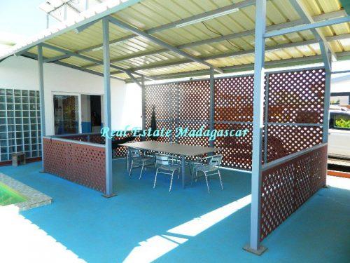 sale-beautiful-villa-new-with-swimming-pool-scama-diego-suarez-16-500x375.jpg