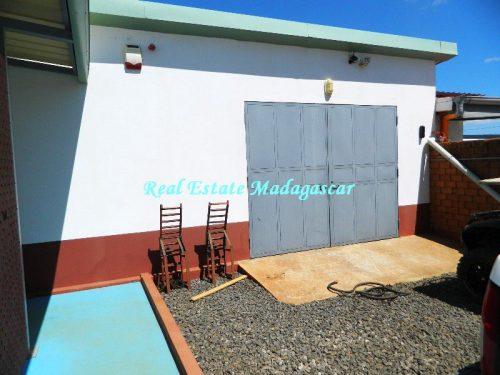 sale-beautiful-villa-new-with-swimming-pool-scama-diego-suarez-17-500x375.jpg
