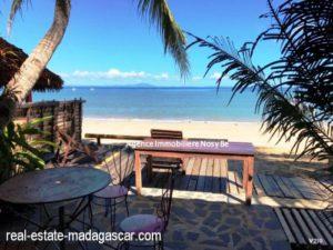sale-villa-with-guestroom-beach-ambondrona-nosybe-2-500x375.jpg