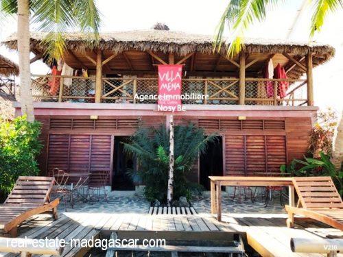 sale-villa-with-guestroom-beach-ambondrona-nosybe-3-500x375.jpg