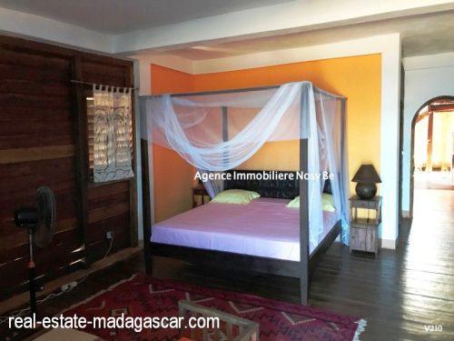 sale-villa-with-guestroom-beach-ambondrona-nosybe-4-500x375.jpg